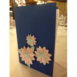 MENU DECORATO CON FIORI DI CARTA